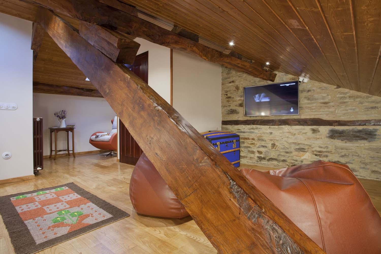 Habitación abuhardillada - Apartamento La Galería